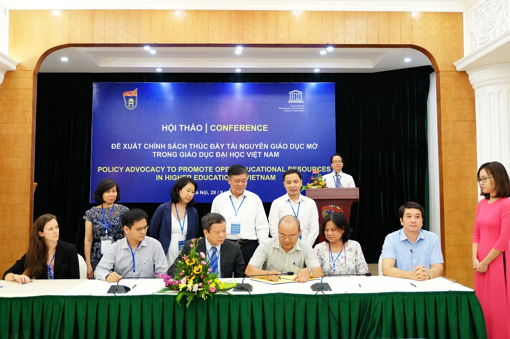 Viet Nam's Open Educational Resources (OER) Community call on action to promote OER in higher education in Viet Nam
