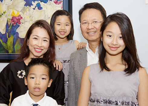 kien pham and family
